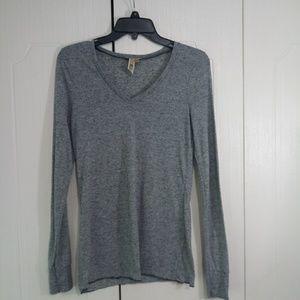 BKE Gray Marble Long Sleeve V Neck Shirt Size S